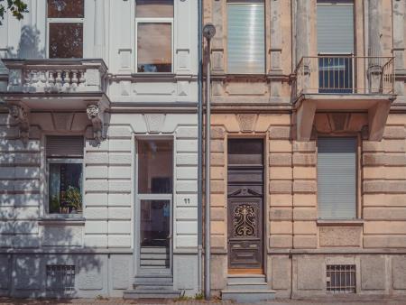 Обследование исторических зданий и памятников архитектуры.
