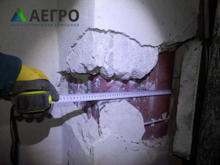 Вскрытие с замерам арматурных стержней и габаритов колонны