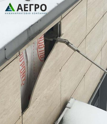 Разрушение фасадной плитки