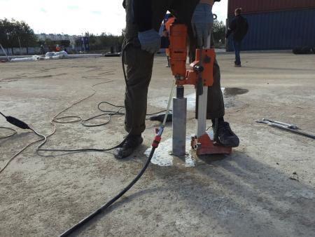 Испытания прочности бетона.